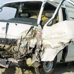 إصابة 14 عاملة في تصادم ميكروباص وسيارة نقل بالإسماعيلية