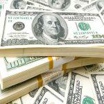 الدولار يستقر أمام الجنيه في تعاملات البنوك اليوم