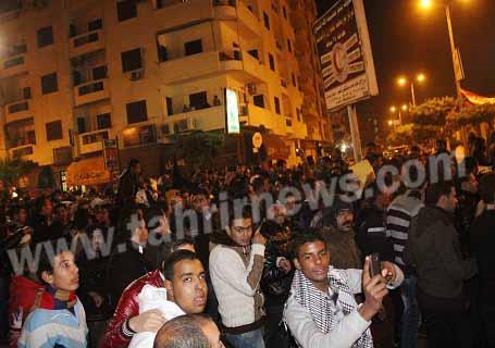 اهالى بورسعيد تحتفل بخرق الحظر تصوير سامح أبو حسن- (1)