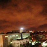 الجيش السوري يتصدى لصواريخ اخترقت المجال الجوي بحمص